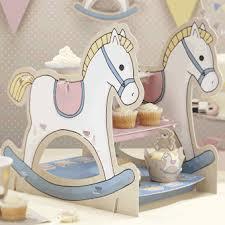 Cupcake Stands & Cake Baking
