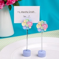 A Button Place Card/Photo Holder